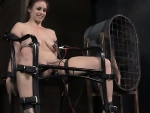 Nasty sub receiving electrosex therapy