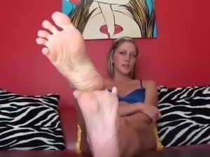 You are going to love my pretty little feet