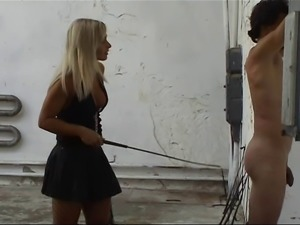Long whipping - strokes from Lady Gitta