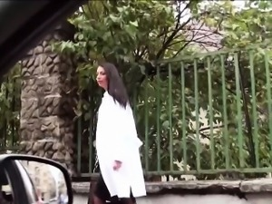 Fucking a hottie doctor at roadside