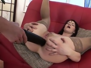 Glamour model brutal deep throat