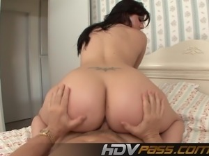Big Butt Ava Rose Licked And Riding Big Dick