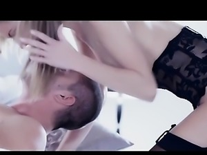 danish girls cumming and masturbating