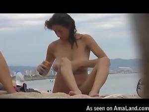 Sexy nude girl spied upon on Barcelona beach