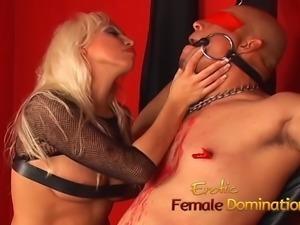 Kinky blonde stunner Nikki Hunter pleasures her mans fat