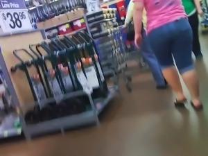 Teen Booty Voyeur