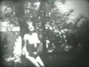 Beautiful Hot Girl Dancing in Garden - Vintage Homemade Video