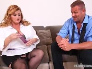 BBW Kimmie Kaboom Plays Sex Therapist to Stud Tony D
