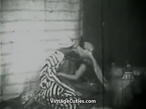Sultan Wants to Fuck that Dirty Girl (1930s Vintage)