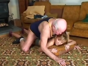 old man young girl - grampa Mireck help an old man tired