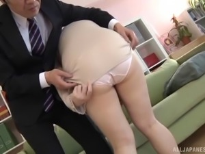 Thick curves are super hot on the Japanese babe