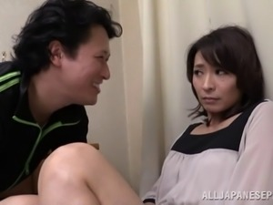 Horny Japanese milf gets her hairy pussy licked and fucked hard
