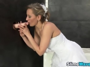 Fetish bride gets bukkake