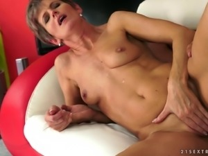 Limber and lusty granny fucked in her perfect cunt