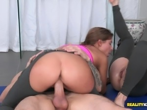 Amazing Ash Hollywood And Her Kinky GF Have A FFM In A Reality Clip