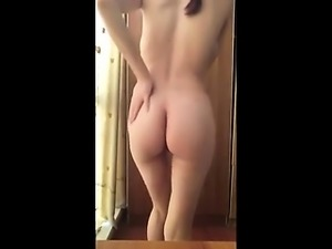 Nude amateur woman