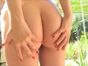 Naked dancing from a cutie with perfect perky tits