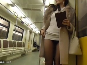 Jeny Smith pantyhose subway pussy flash