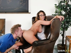Bill Bailey plays with wet hole of Brunette Layla