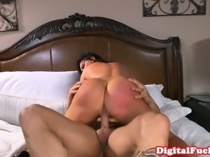 Bigboobed mature banged hard in bedroom