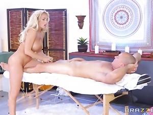 Blonde with big boobs has dick-hungry ass