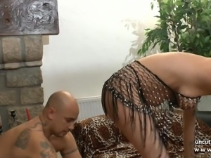 Amateur busty french mom hard anal n facial for her casting