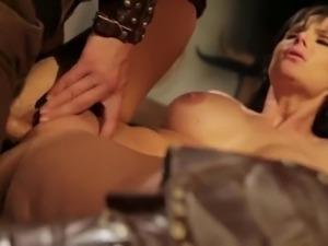 Xena seduces beautiful Hercules in a dirty tavern