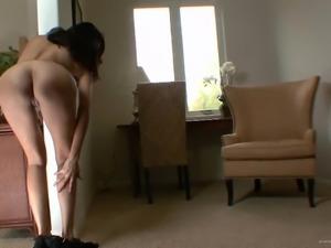 Striking Sochee Mala Masturbates In A Solo Model Video