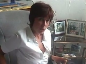 Mature dirty whore acted like a real bitch while kinda stripping