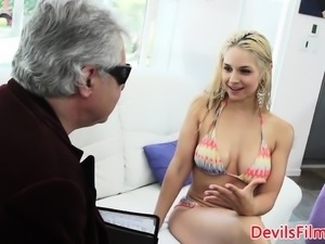 Booty babe doggystyled while using buttplug
