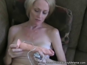 Plays With Vibrater Then Gets A Facial