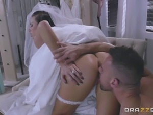 Beauty in a wedding dress strips for anal sex with the stud
