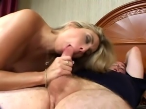 Pregnant blonde Ciera Sage gets fucked by her man and his black buddy