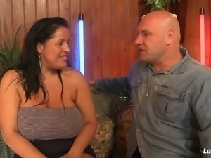 Chubby Tatyana likes feeling a pulsating cock between her tits
