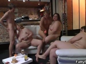 He fucks massive tits blonde woman