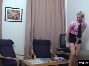 Boss makes his secretary pleased by pounding her narrow asshole