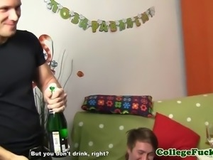 Euro college teens starting up a orgy party