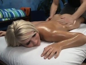 Beauty bounds on ramrod feeling it deep inside of her ass