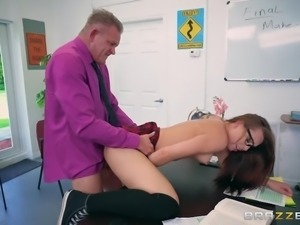 Brazzers - Dirty school girl Aidra Fox loves cock