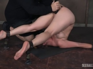 Slave's throbbing plesure hole ravished with a buzzing toy and a rod