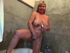 OldNannY Mature Granny Shower Masturbation