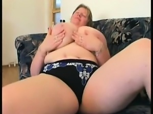Mature bbw with fat titties Siu from 1fuckdatecom