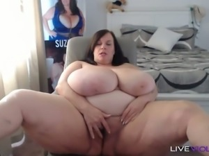 Sluttiest mature cam slut with big all natural 44 m cup tits is masturbating