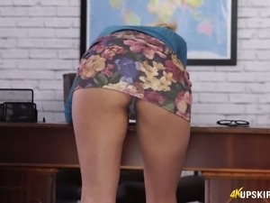 Desirable secretary Fi Fi flashing her booty upskirt