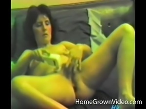 Wrecking her own pussy with her sex toys is so good