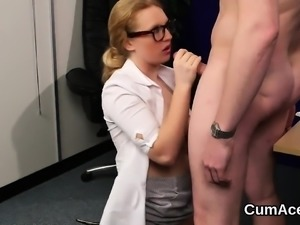 Nasty stunner gets cumshot on her face swallowing all the lo