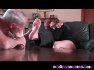 Cuckold Secrets Amateur cuckold couples with BBC bulls