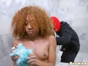 Showering black beauty rides thief cock
