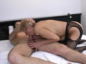 Short-haired housewife gladly allows the guy to push his tool into her