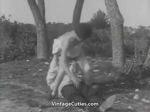 Bisexual Threesome Fucking Outdoors (1930s Vintage)